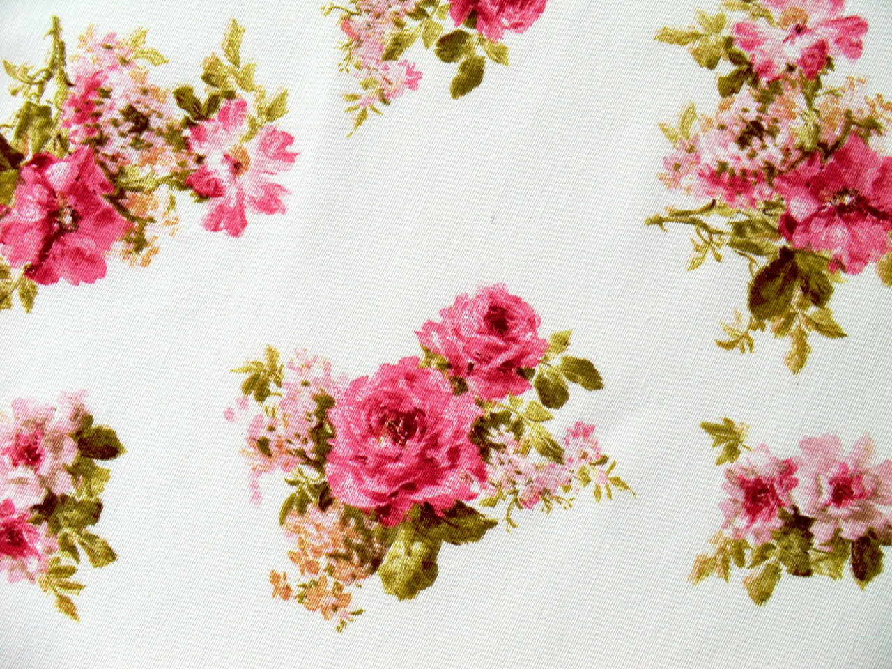 Upholstery Fabric Roses Pink Remnant - Cotton Fabric